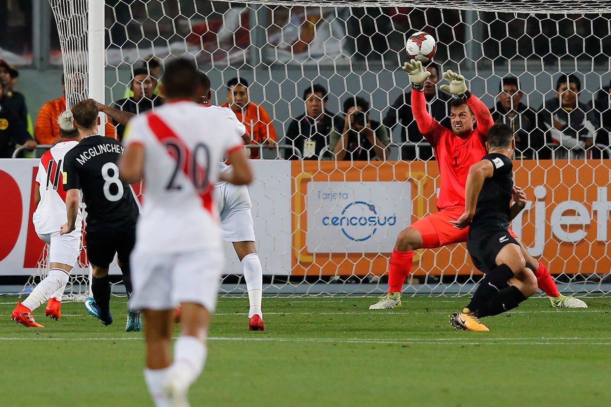 GOOOOOOOLLLL Peruano.... Ramos anotó en el segundo tiro de esquina.